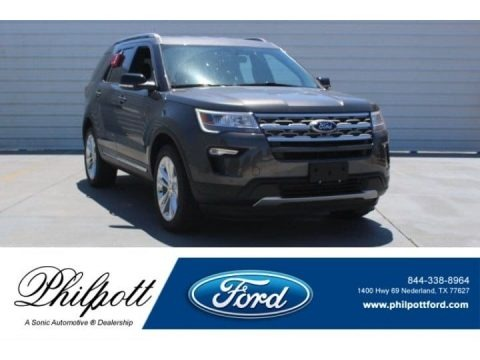 Magnetic Metallic 2018 Ford Explorer XLT 4WD