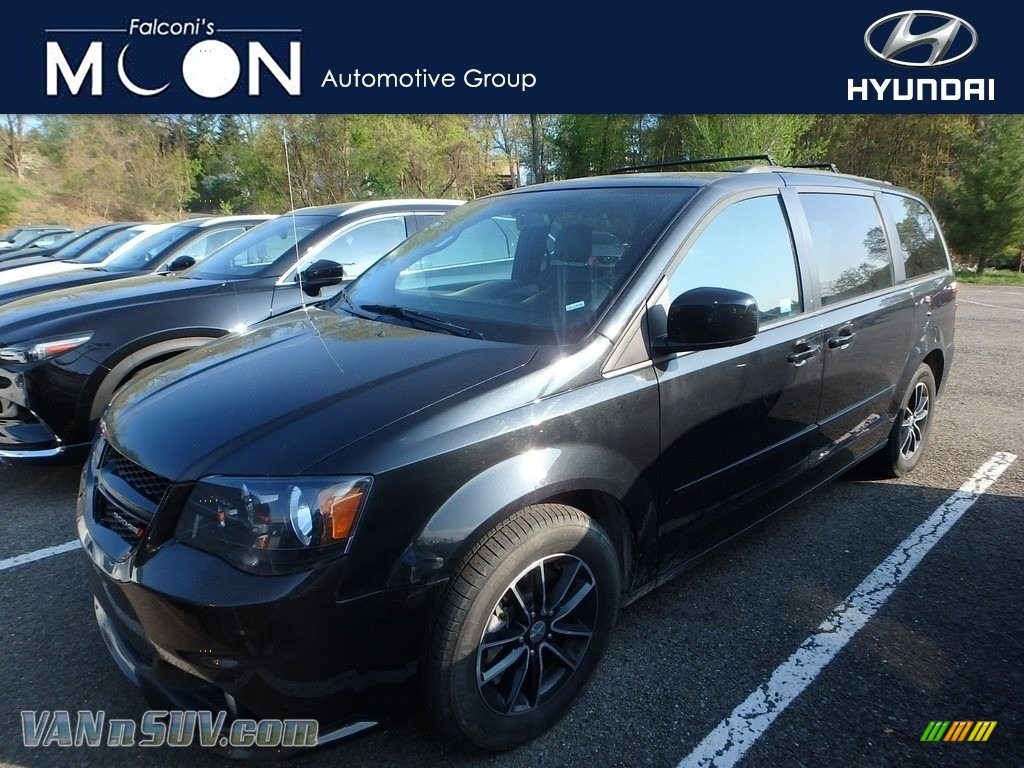 2017 Grand Caravan GT - Black Onyx / Black photo #1