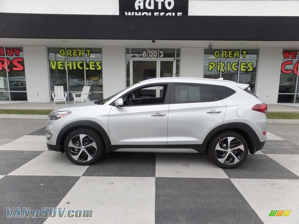 2017 Tucson Limited - Molten Silver / Black photo #1