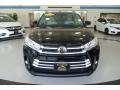 Toyota Highlander XLE AWD Midnight Black Metallic photo #2