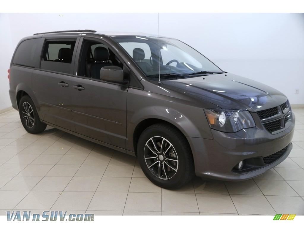 2017 Grand Caravan GT - Granite / Black photo #1
