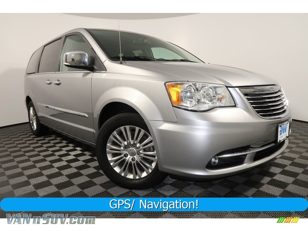 2015 Town & Country Touring-L - Billet Silver Metallic / Black/Light Graystone photo #1