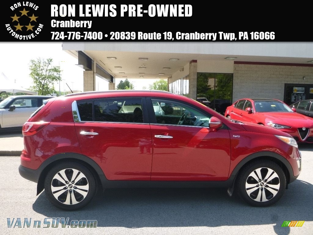 Signal Red / Black Kia Sportage EX AWD