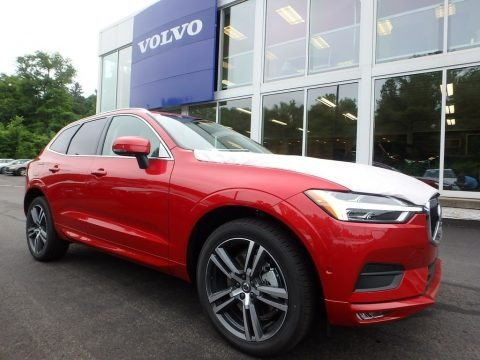 Fusion Red Metallic 2018 Volvo XC60 T6 AWD Momentum