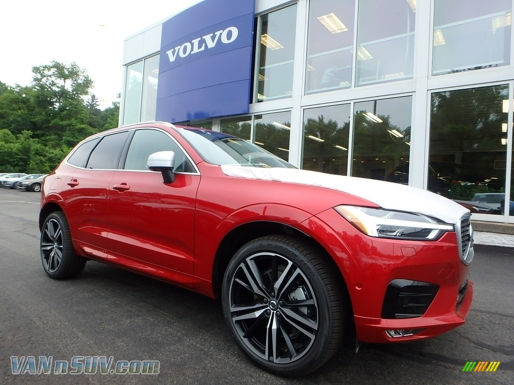 2018 XC60 T6 AWD R Design - Passion Red / Charcoal photo #1