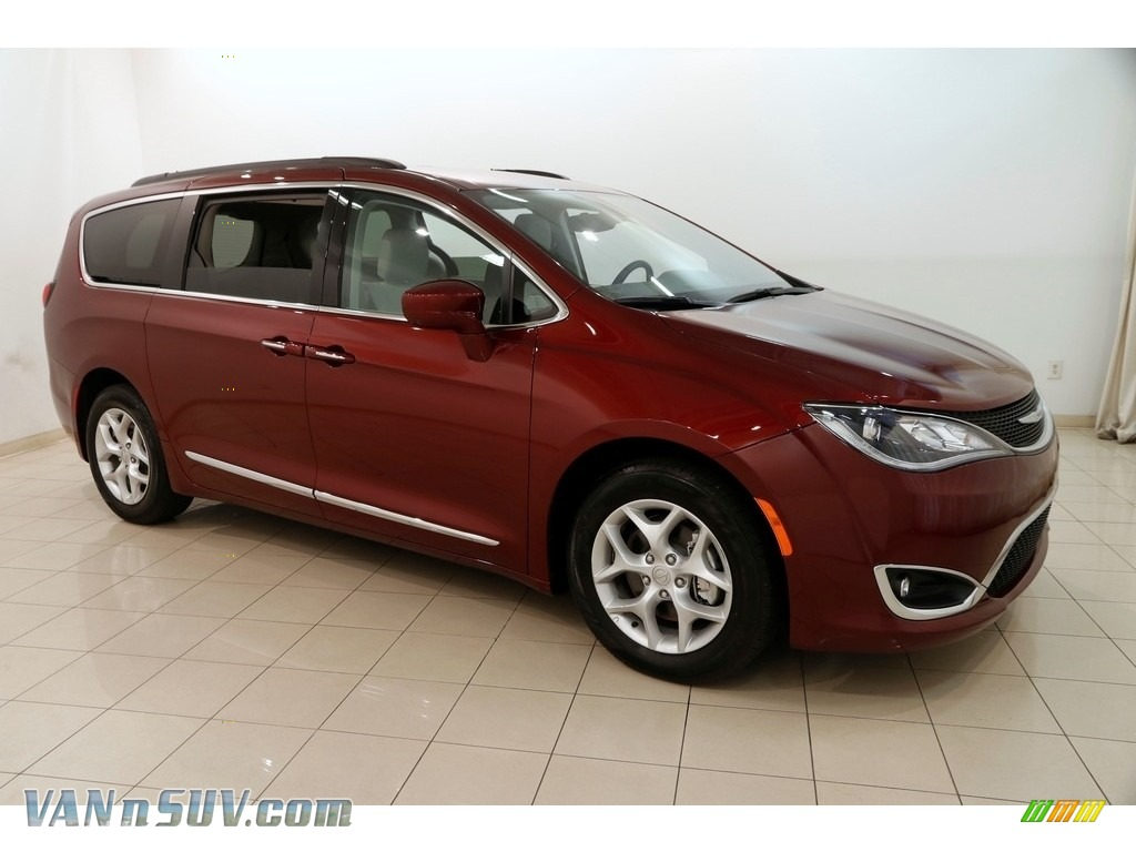 2017 Pacifica Touring L - Velvet Red Pearl / Cognac/Alloy/Toffee photo #1