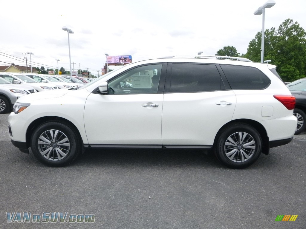 2018 Pathfinder SV 4x4 - Pearl White / Charcoal photo #7