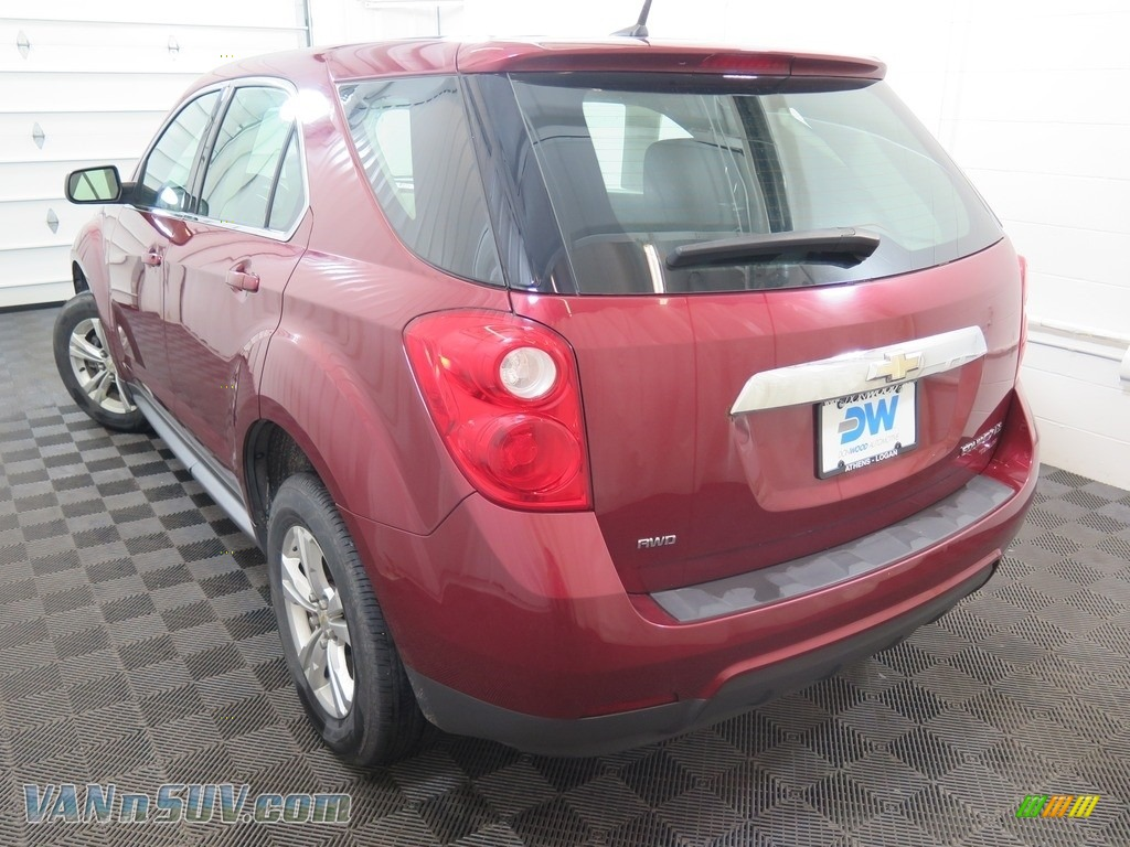 2010 Equinox LS AWD - Cardinal Red Metallic / Jet Black/Light Titanium photo #8