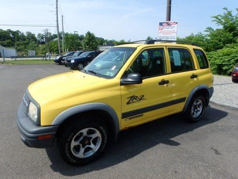 Yellow 2002 Chevrolet Tracker ZR2 4WD Hard Top