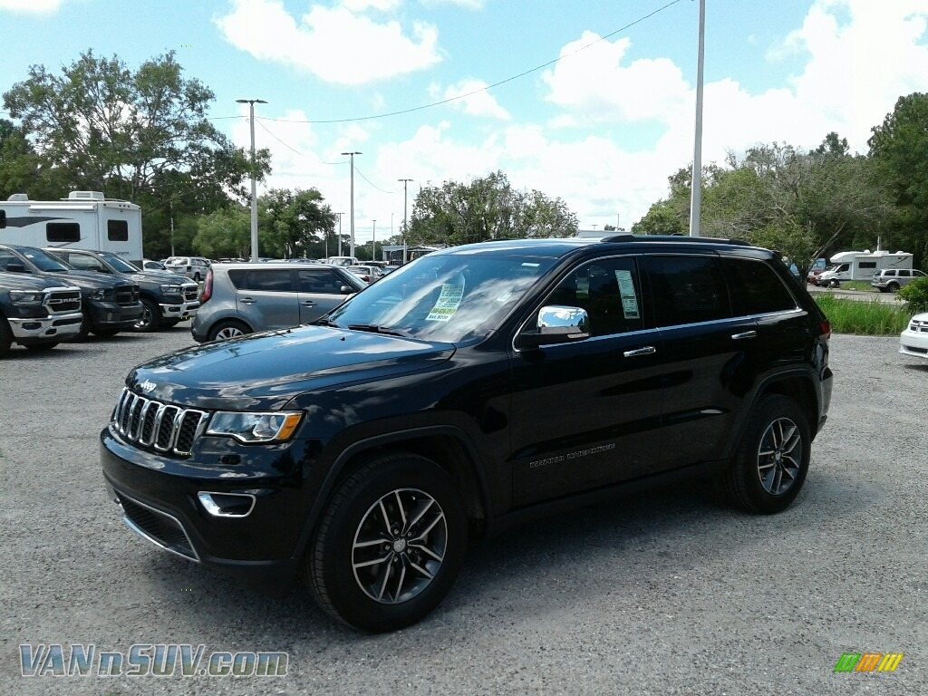 2018 Grand Cherokee Limited - Diamond Black Crystal Pearl / Black photo #1