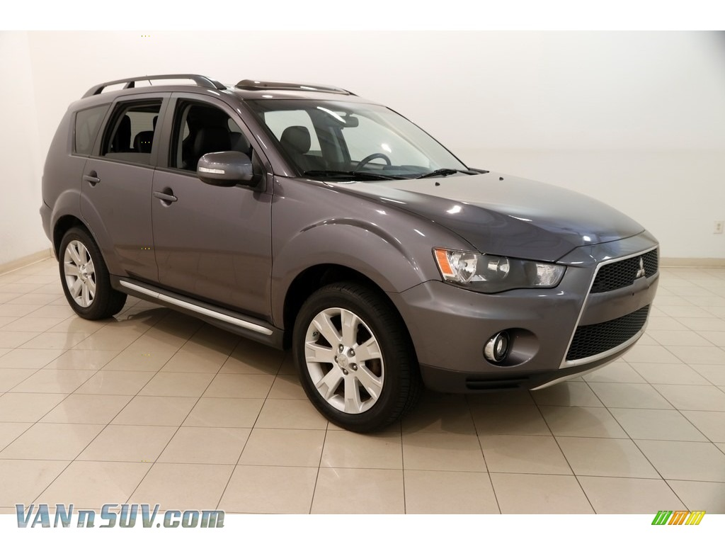 2010 Outlander SE 4WD - Graphite Gray Pearl / Black photo #1