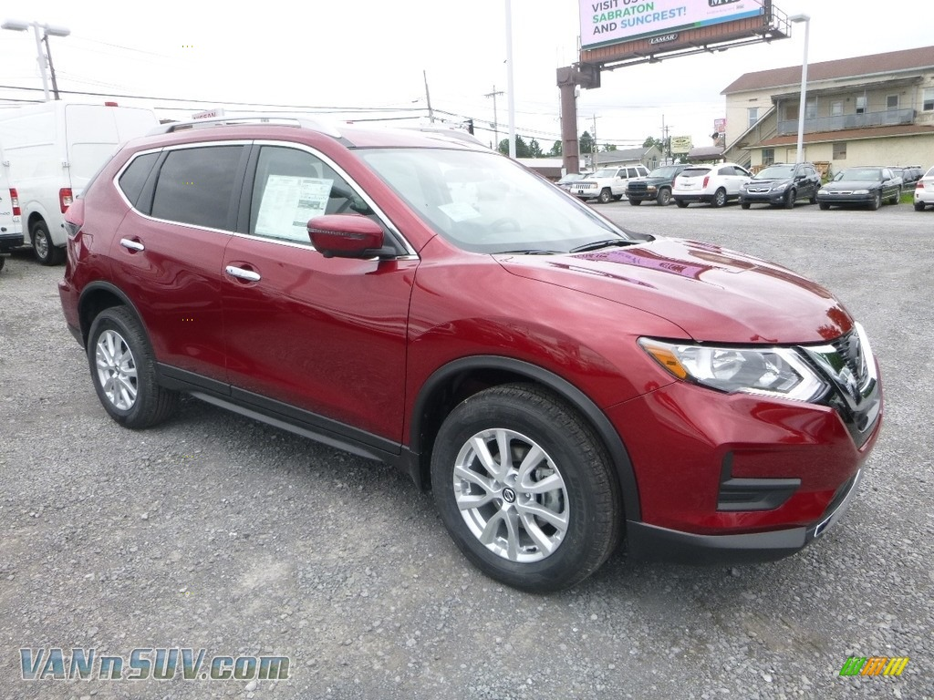 2018 Rogue SV AWD - Scarlet Ember / Charcoal photo #1