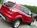 Ford Escape SE 4WD Ruby Red photo #30