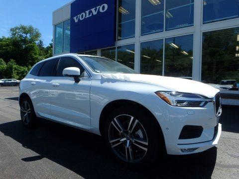 Crystal White Metallic 2018 Volvo XC60 T6 AWD Momentum
