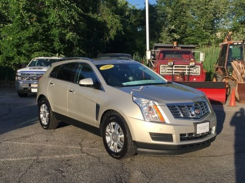 Silver Coast Metallic 2013 Cadillac SRX Luxury AWD
