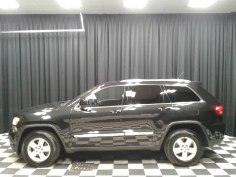 Brilliant Black Crystal Pearl 2012 Jeep Grand Cherokee Laredo 4x4