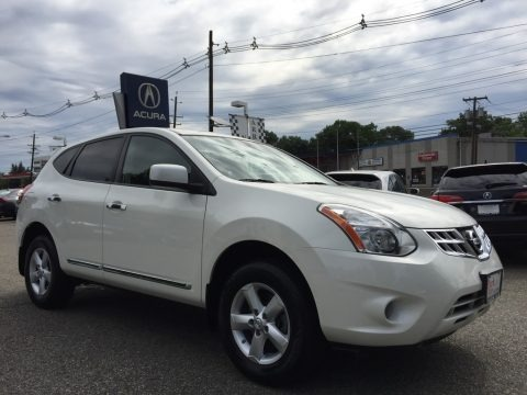 Pearl White 2013 Nissan Rogue S Special Edition AWD