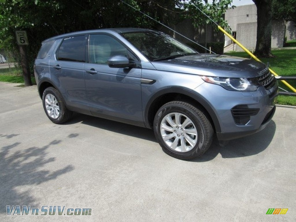 2018 Discovery Sport SE - Byron Blue Metallic / Cirrus photo #1