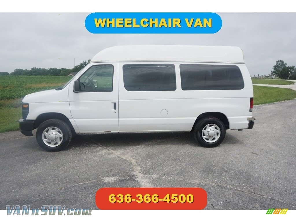 2008 E Series Van E150 Commercial - Oxford White / Medium Flint photo #1