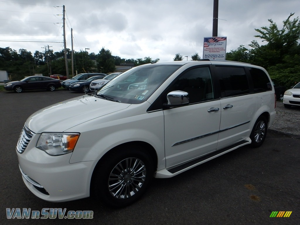 Stone White / Dark Frost Beige/Medium Frost Beige Chrysler Town & Country Limited