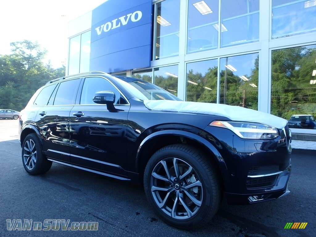 2019 XC90 T6 AWD Momentum - Blue Metallic / Blonde photo #1