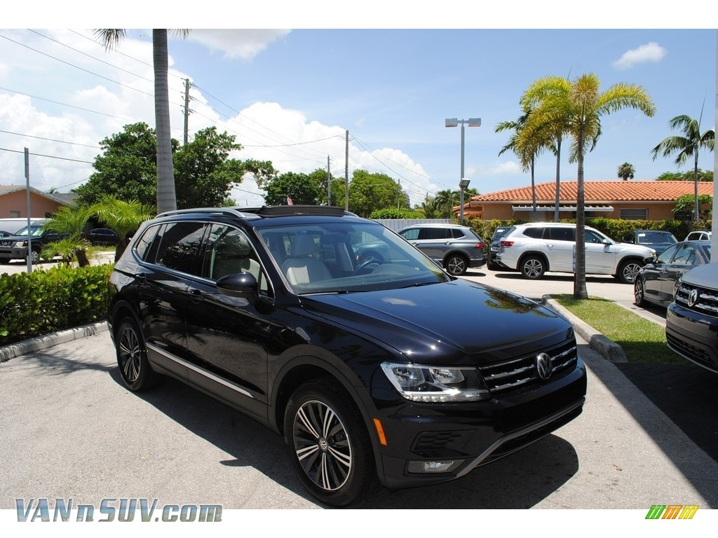 2018 Tiguan SEL - Deep Black Pearl / Storm Gray photo #1