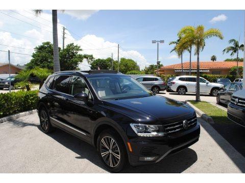 Deep Black Pearl 2018 Volkswagen Tiguan SEL
