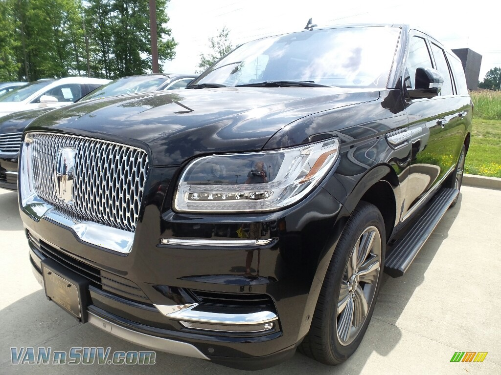 2018 Navigator Select L 4x4 - Black Velvet / Ebony photo #1