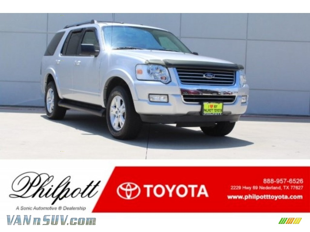 2009 Explorer XLT - Brilliant Silver Metallic / Black photo #1