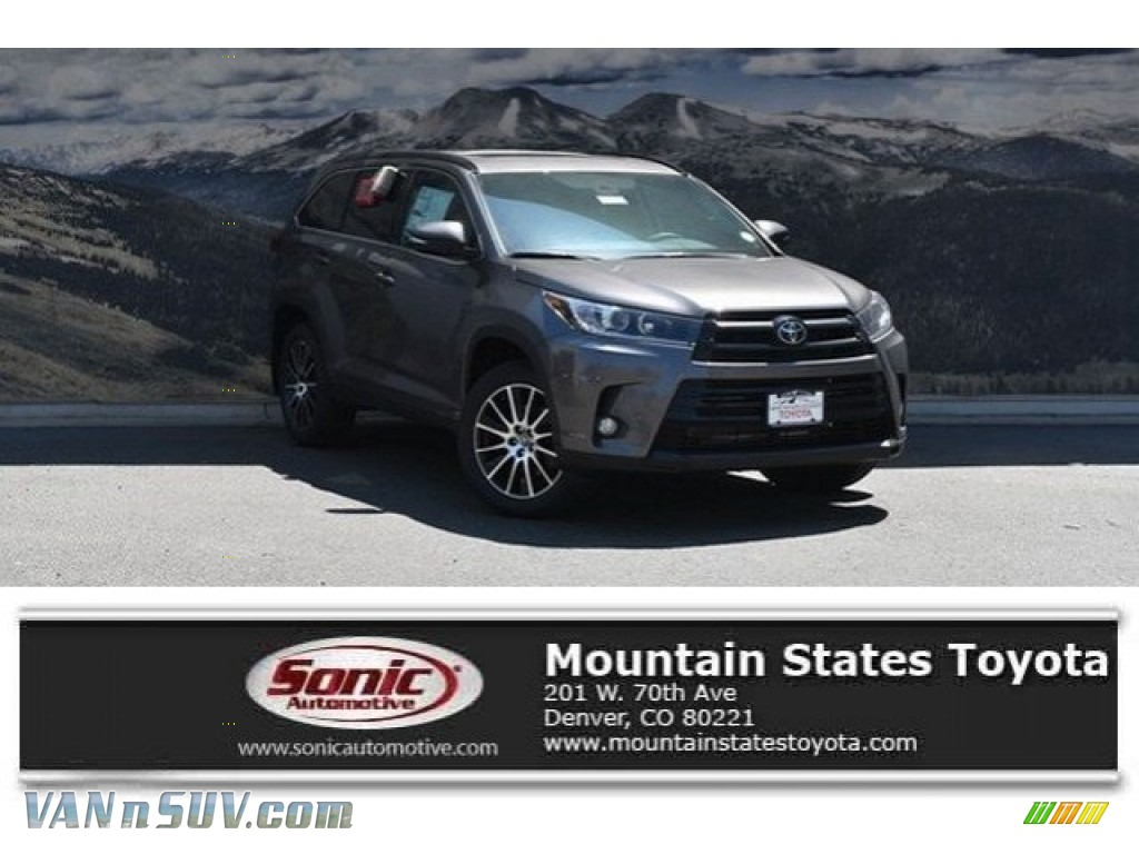 2018 Highlander SE AWD - Predawn Gray Mica / Black photo #1