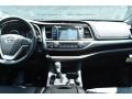 Toyota Highlander XLE AWD Midnight Black Metallic photo #8
