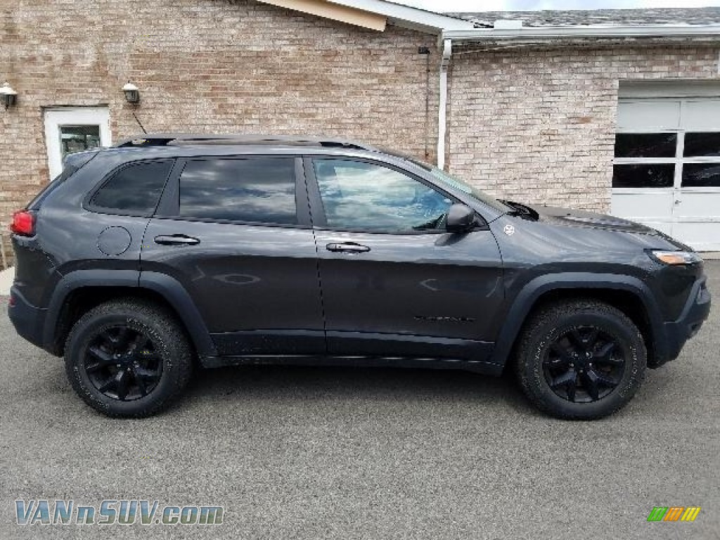 2015 Cherokee Trailhawk 4x4 - Granite Crystal Metallic / Trailhawk Black photo #6