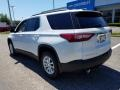 Chevrolet Traverse LT AWD Pearl White photo #4