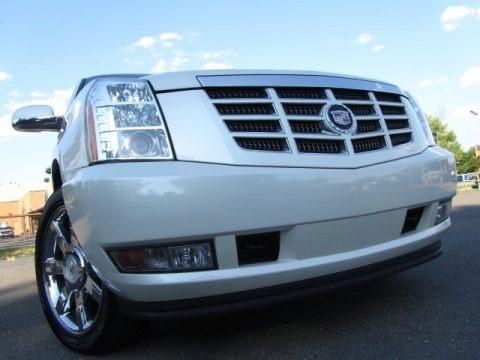 White Diamond Tricoat 2011 Cadillac Escalade ESV Premium AWD