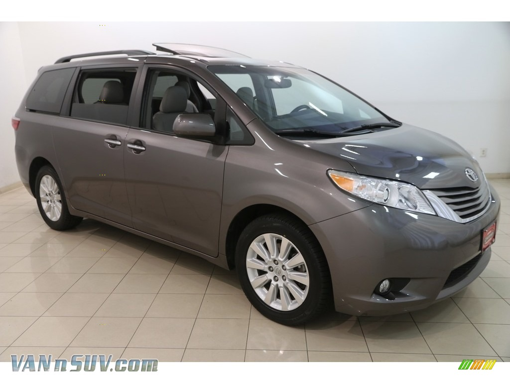 2015 Sienna XLE AWD - Predawn Gray Mica / Ash photo #1