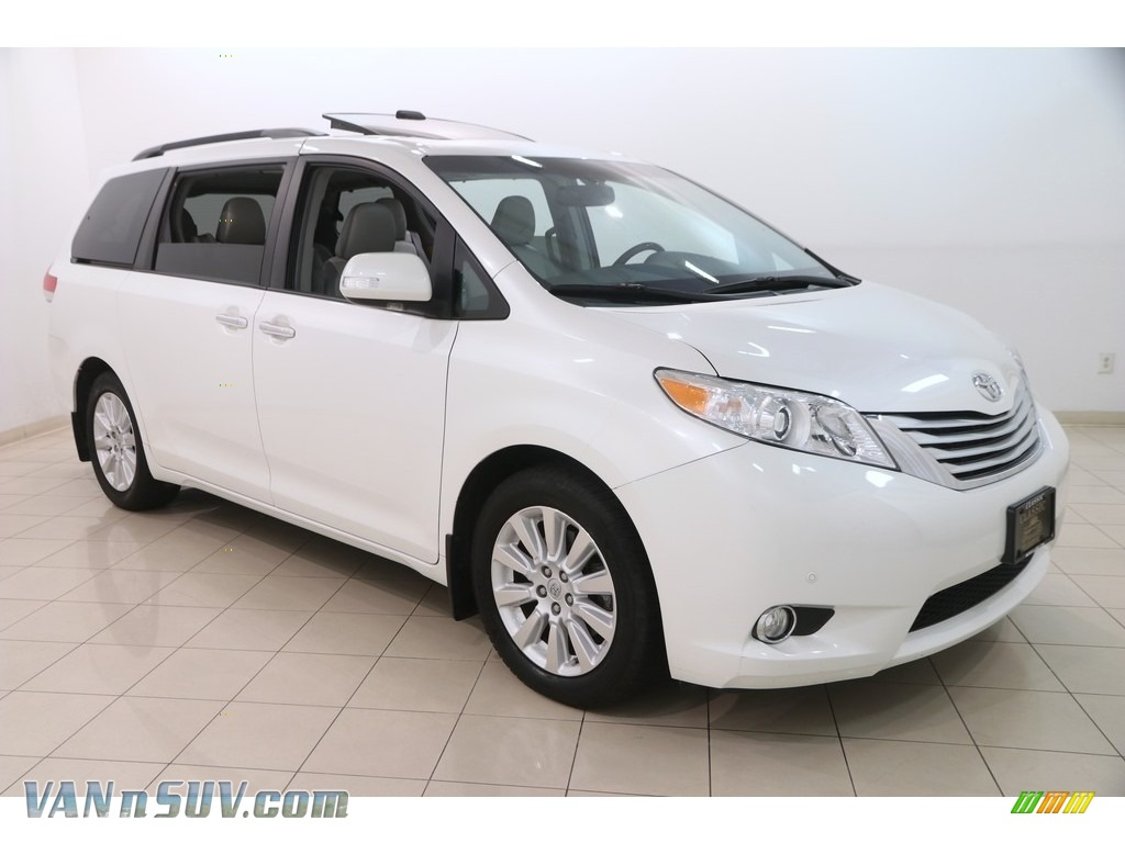 2014 Sienna Limited AWD - Blizzard White Pearl / Light Gray photo #1