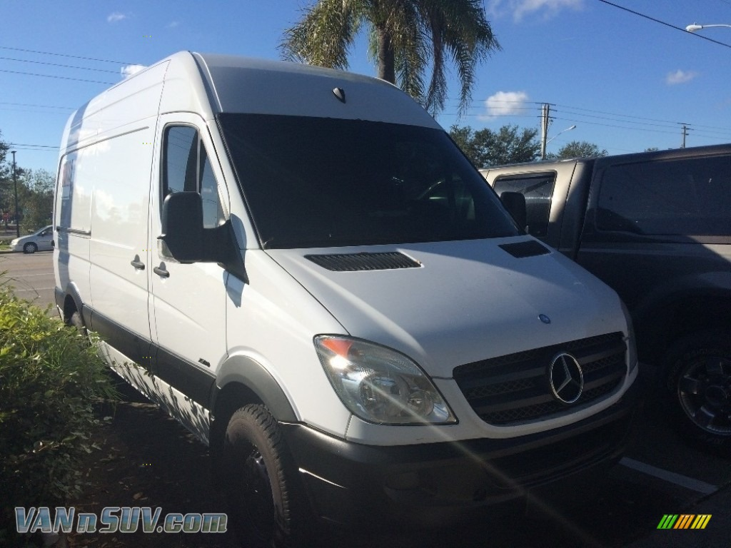 2012 Sprinter 2500 Cargo Van - Arctic White / Lima Black Fabric photo #1