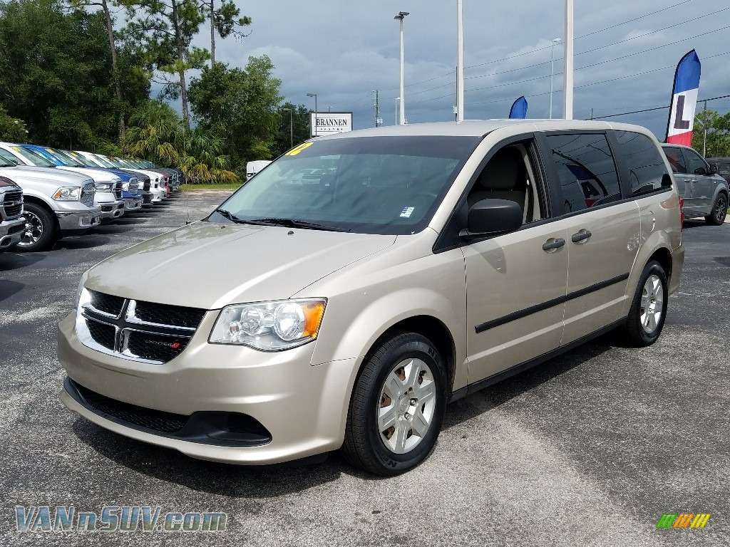 2012 Grand Caravan SE - Cashmere Pearl / Black/Light Graystone photo #1