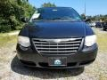 Chrysler Town & Country Touring Brilliant Black photo #2