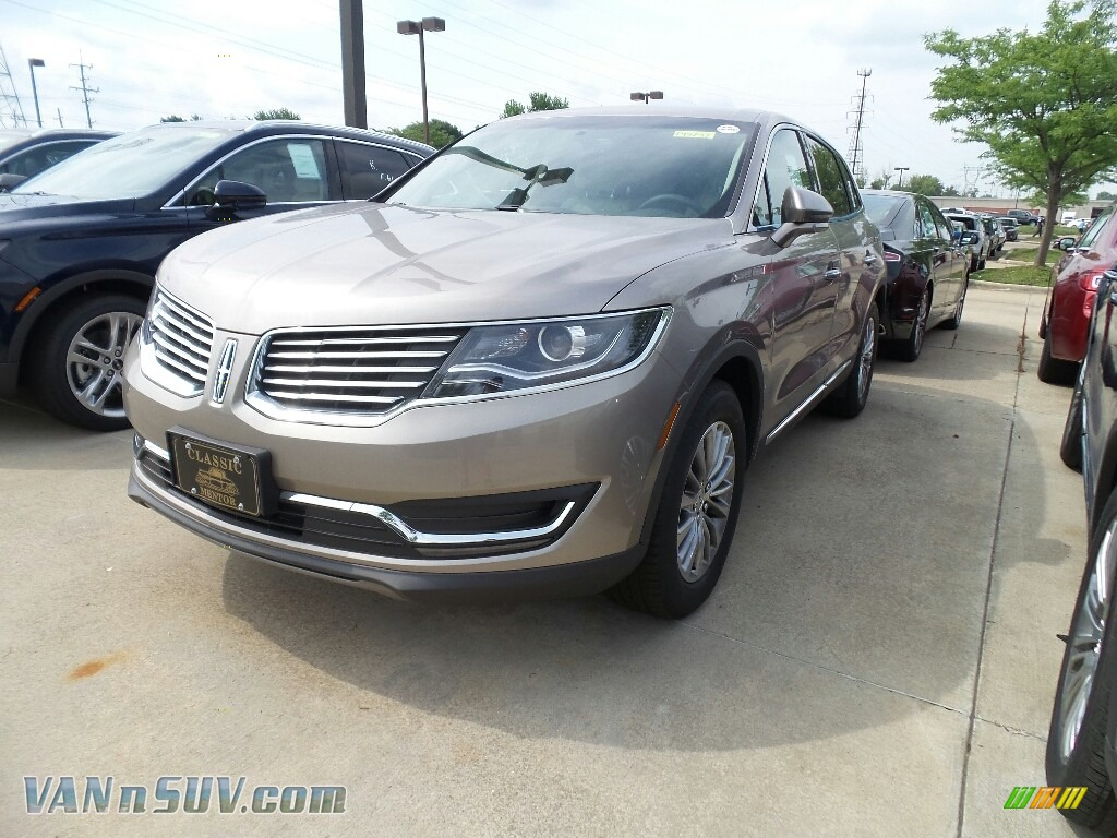 Iced Mocha Metallic / Cappuccino Lincoln MKX Select