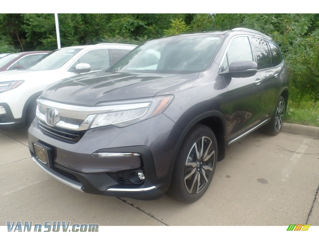 2019 Pilot Touring AWD - Modern Steel Metallic / Black photo #1