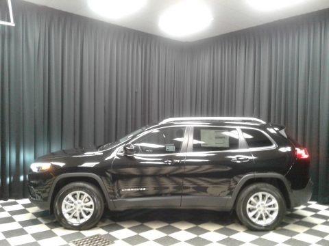 Diamond Black Crystal Pearl 2019 Jeep Cherokee Latitude 4x4