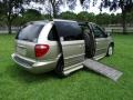 Chrysler Town & Country LXi Light Almond Pearl photo #5