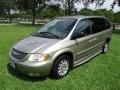 Chrysler Town & Country LXi Light Almond Pearl photo #15