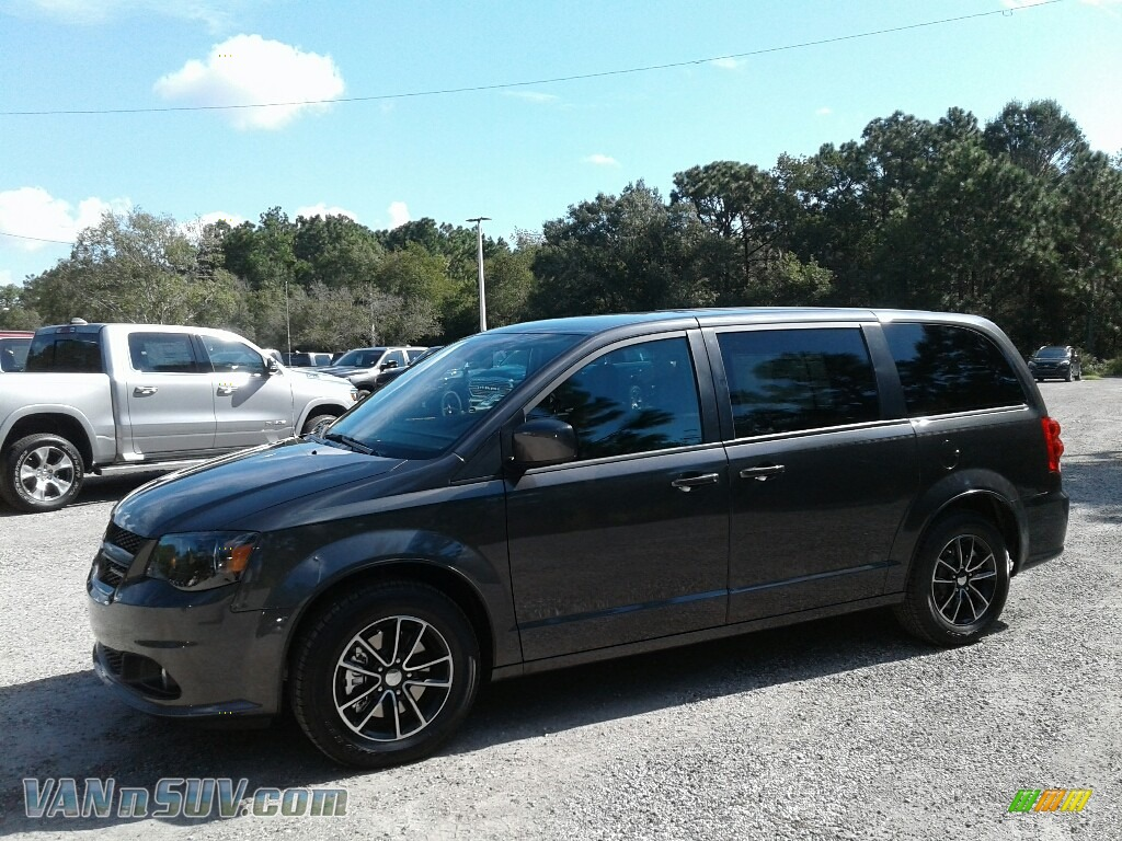 Granite Pearl / Black Dodge Grand Caravan SXT