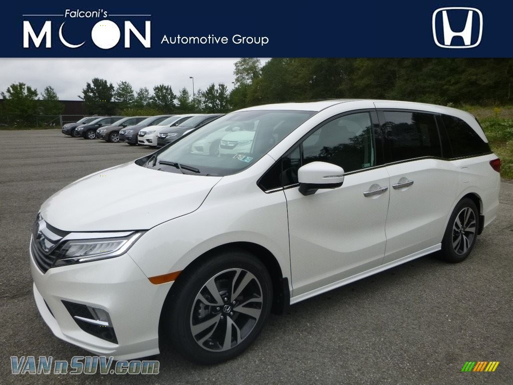 White Diamond Pearl / Mocha Honda Odyssey Elite