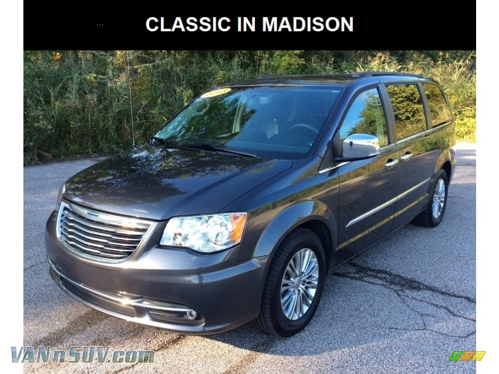 2015 Town & Country Touring-L - Granite Crystal Metallic / Black/Light Graystone photo #1