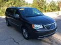 Chrysler Town & Country Touring-L Granite Crystal Metallic photo #8