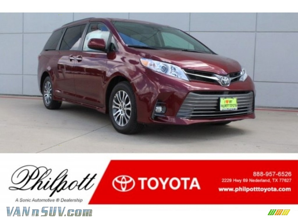 Salsa Red Pearl / Ash Toyota Sienna XLE