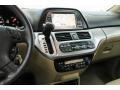 Honda Odyssey Touring Taffeta White photo #5